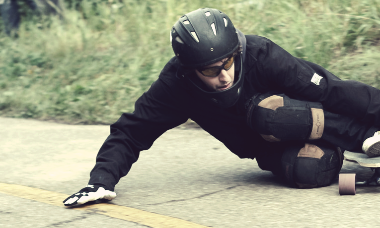 how to pick the right longboarding helmet